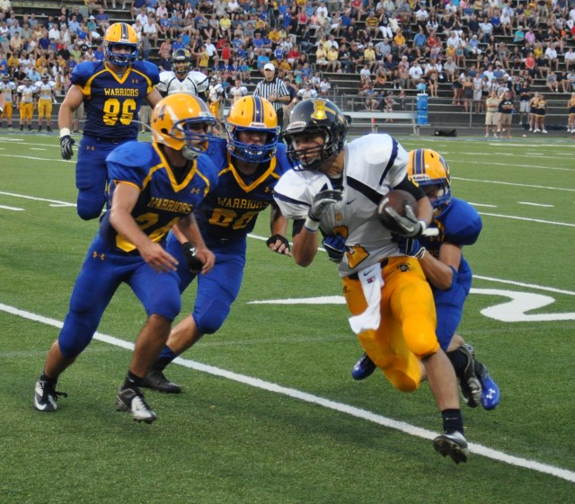 Sam Banke (10) nears the Mariemont end zone on August 31, 2013.